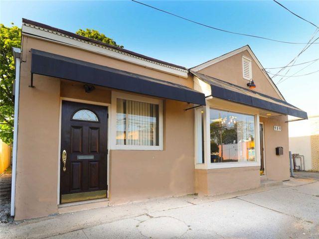 [Merrick Real Estate, listing number 3157232]