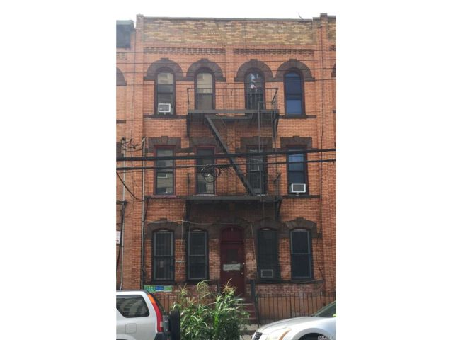 12 BR,  6.00 BTH  Other style home in Bushwick