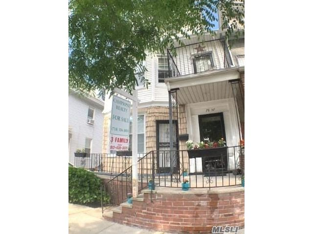 7 BR,  4.00 BTH High rise style home in Glendale
