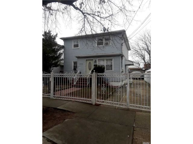 4 BR,  3.00 BTH Hi ranch style home in South Ozone Park