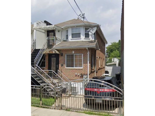4 BR,  2.00 BTH Colonial style home in East Elmhurst