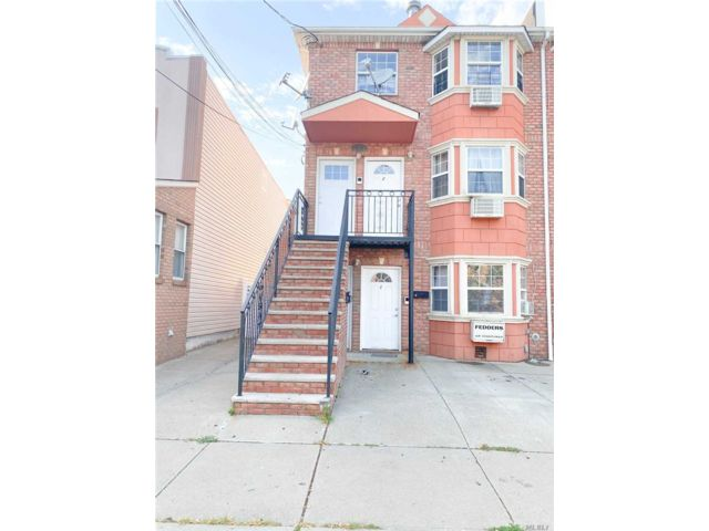 9 BR,  3.00 BTH Apartment style home in Glendale