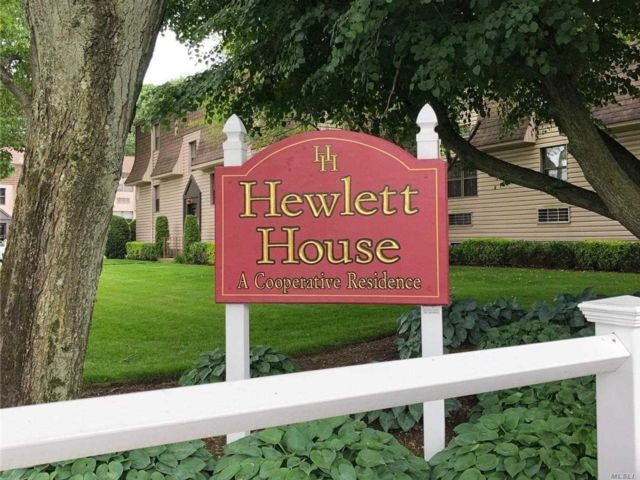 [Hewlett Real Estate, listing number 3159507]