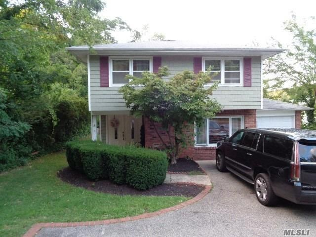 4 BR,  2.00 BTH Hi ranch style home in Northport