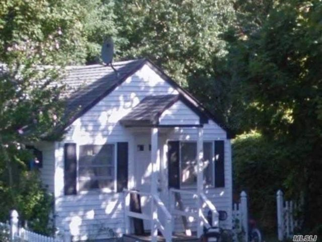 [Mastic Beach Real Estate, listing number 3159553]