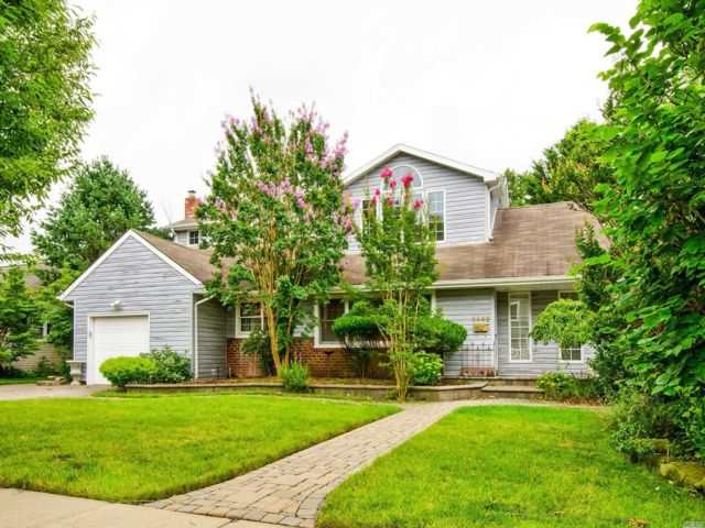 [Wantagh Real Estate, listing number 3159689]