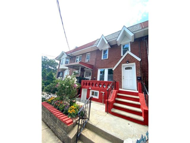 [Woodhaven Real Estate, listing number 3160181]