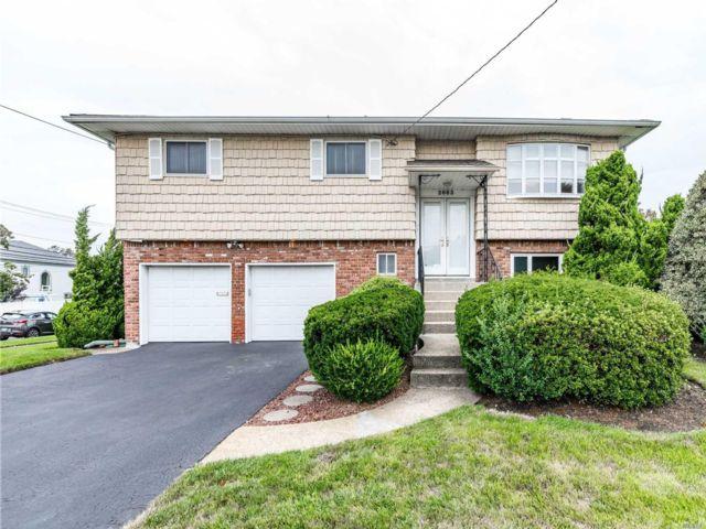 [Merrick Real Estate, listing number 3160339]