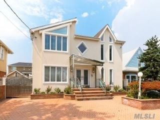 3 BR,  5.00 BTH Colonial style home in Howard Beach