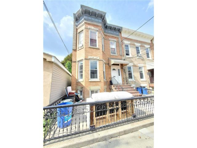 [Woodhaven Real Estate, listing number 3162150]