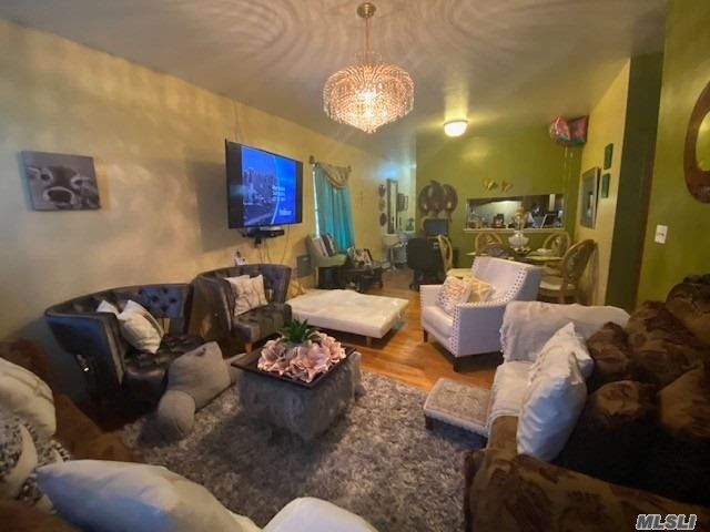 2 BR,  1.00 BTH  Other style home in Jerome Avenue