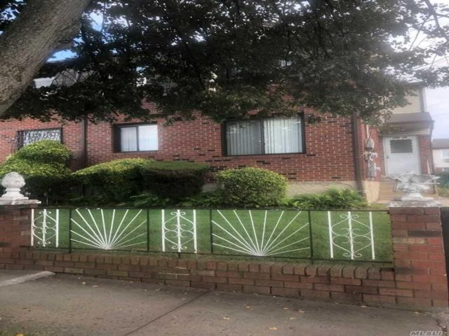 3 BR,  2.00 BTH Apt in house style home in Springfield Gardens