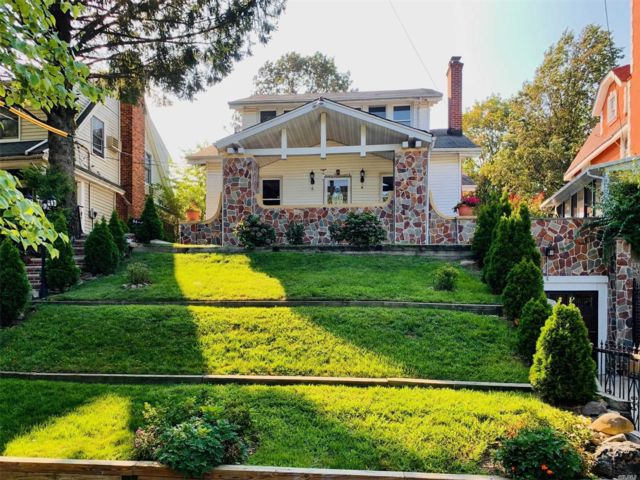 [Jamaica Estates Real Estate, listing number 3162461]