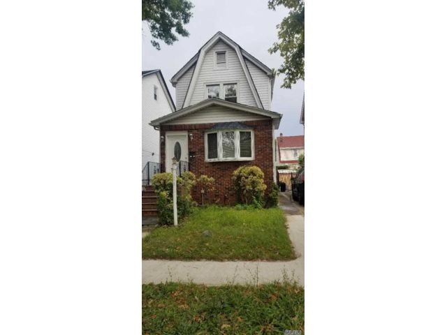 4 BR,  3.00 BTH  Other style home in Jamaica Hills