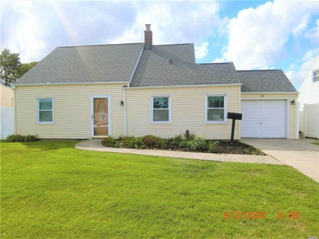 [Levittown Real Estate, listing number 3163743]