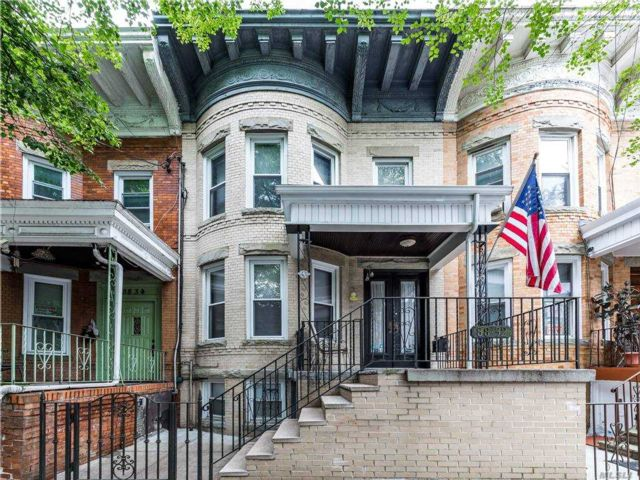 [Woodhaven Real Estate, listing number 3163953]
