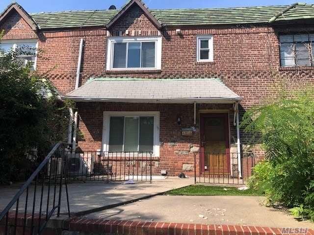 [Woodside Real Estate, listing number 3164423]