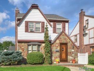 [Bellerose Real Estate, listing number 3164752]