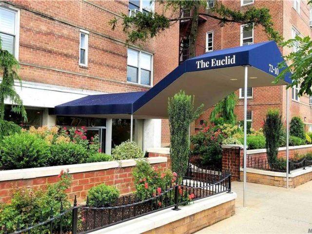 [Forest Hills Real Estate, listing number 3164763]