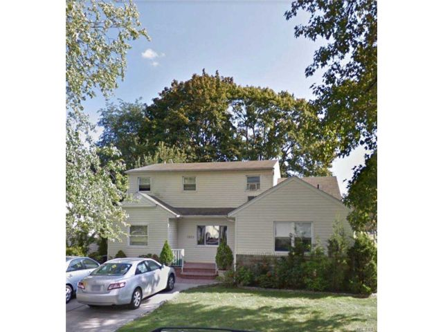 1 BR,  1.00 BTH  Apt in house style home in East Meadow