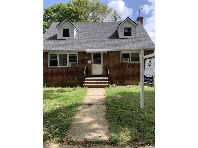[Bellerose Real Estate, listing number 3164870]