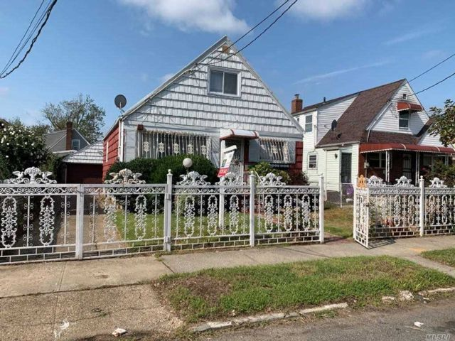[Rochdale Real Estate, listing number 3164914]