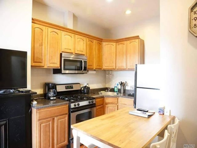 2 BR,  2.00 BTH Townhouse style home in Long Island City