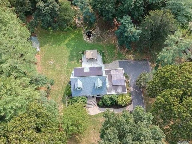 3 BR,  2.00 BTH  Exp cape style home in Wading River
