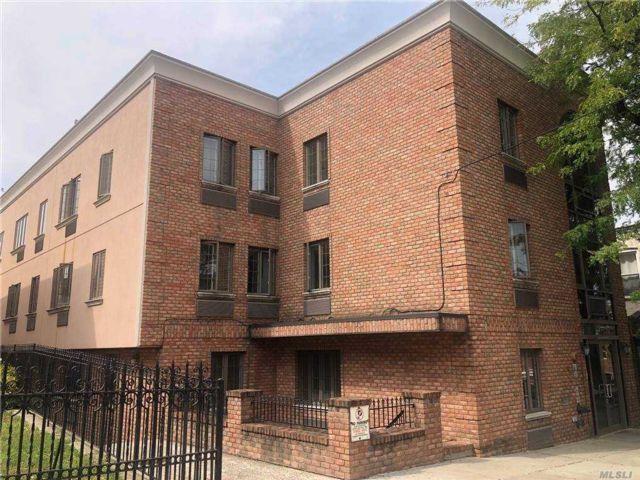 [Ridgewood Real Estate, listing number 3165421]
