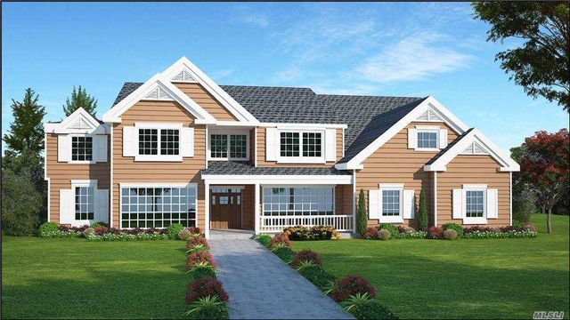 6 BR,  5.00 BTH Colonial style home in Westhampton