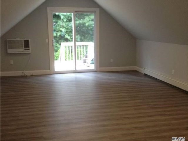 1 BR,  1.00 BTH Apt in house style home in Medford