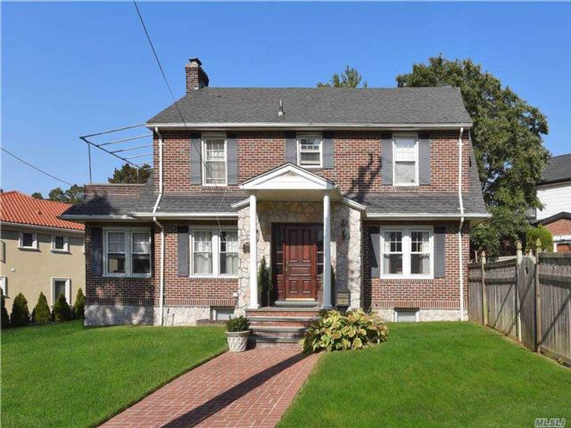 3 BR,  4.00 BTH  Colonial style home in Little Neck