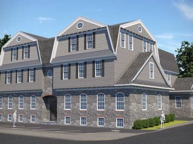 Studio,  0.00 BTH Commercial style home in Glen Cove