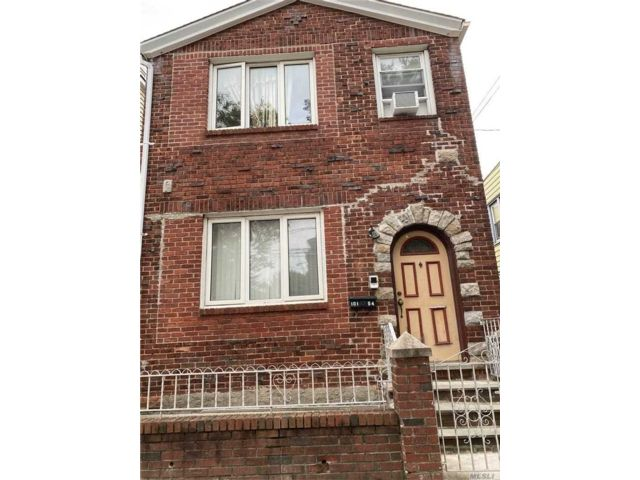 5 BR,  2.00 BTH  Colonial style home in Ozone Park
