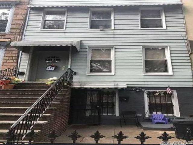 4 BR,  2.00 BTH Townhouse style home in Bushwick