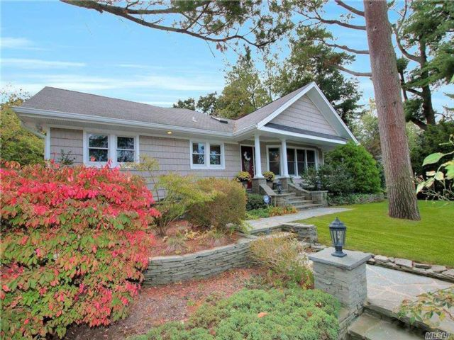 [Smithtown Real Estate, listing number 3166643]
