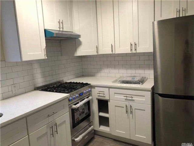 2 BR,  1.00 BTH Apt in house style home in Long Island City