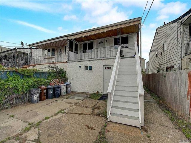 4 BR,  2.00 BTH  Colonial style home in Arverne