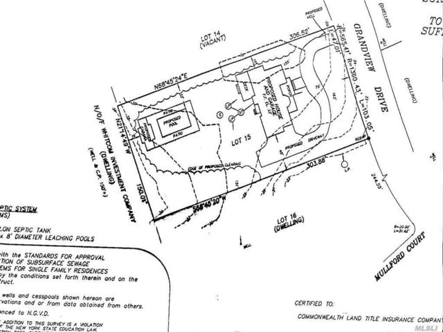 Lot <b>Size:</b> 1.05 Land style home in Orient