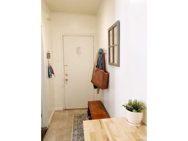 [Greenpoint Real Estate, listing number 3167298]