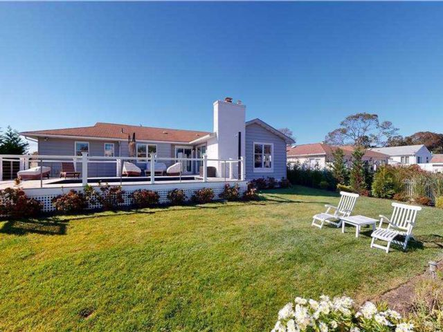 3 BR,  2.00 BTH  Exp ranch style home in East Quogue