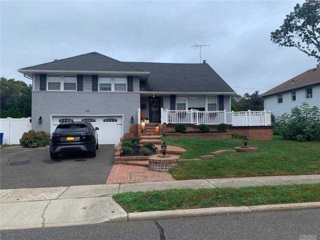 [Westbury Real Estate, listing number 3167467]