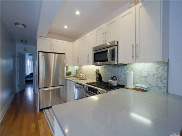 1 BR,  1.00 BTH  Other style home in Park Slope