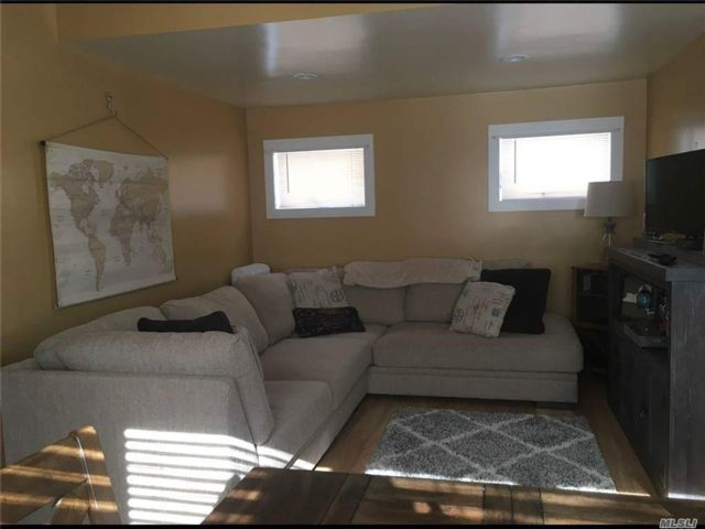 2 BR,  1.00 BTH  Ranch style home in New Paltz