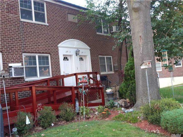[Little Neck Real Estate, listing number 3167927]