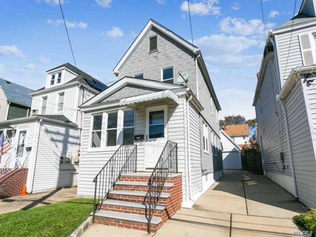 [Bellerose Real Estate, listing number 3167946]