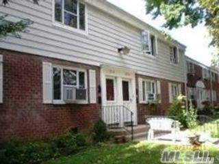 2 BR,  1.00 BTH  Garden apartmen style home in Queens Village