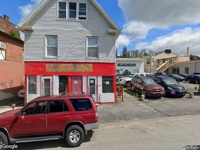 Studio,  0.00 BTH Commercial style home in Waterbury
