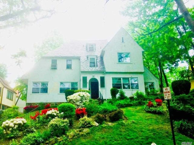 5 BR,  4.00 BTH Other style home in Mount Vernon
