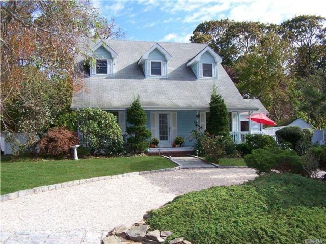 4 BR,  3.00 BTH  Exp cape style home in Blue Point